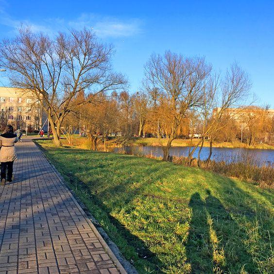 Променад Летнего озера, г. Калининград. Фото: Evgenia Shveda