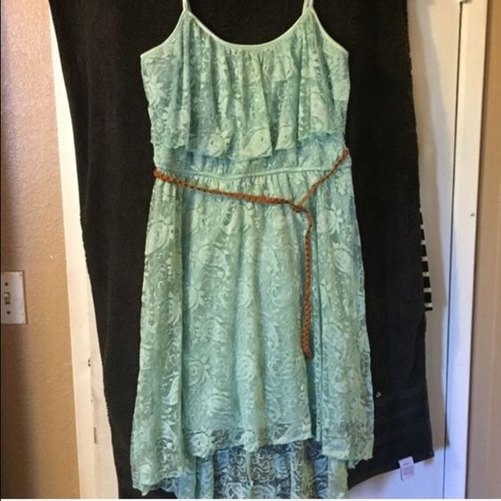 Mint color dress In good condition. No rips or stains. Comes with belt. Dresses