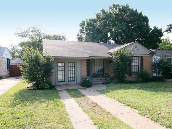 7802 Morton St Dallas Tx 75209 Zillow Renting A House Large Backyard Zillow