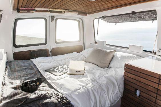 Klicka på bilden! All about how to build a campervan.