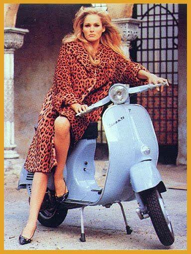 Vespa: la clásica moto de culto cumple 65 años - Sexy Hollywood TV: