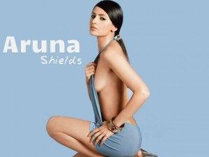 Aruna Shields in Bikini
