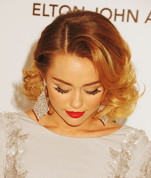 Even though it's Miley Cyrus! This is a gorgeous look! I so want to be able to pull it off