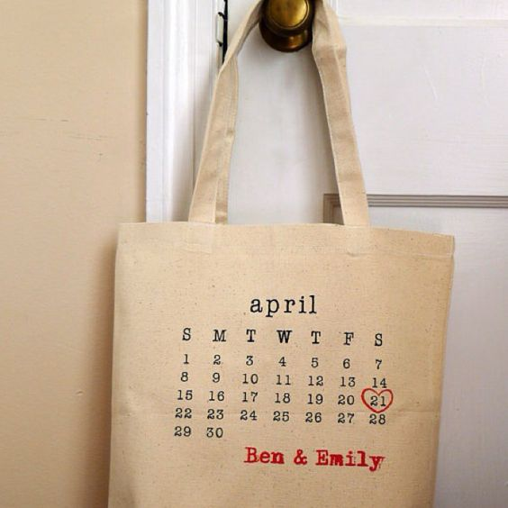 Personalized wedding date tote!
