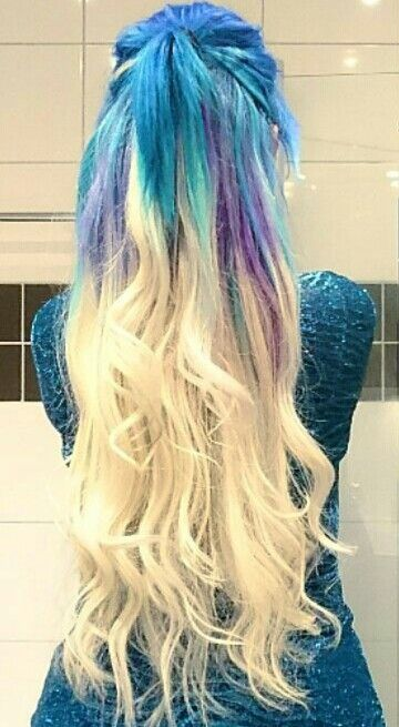 Blue blonde ombre dyed hair color @wickedpaws
