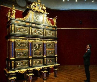 The badminton cabinet is the most expensive piece of furniture ever sold at 19 million the 14 - Most expensive recliners ...