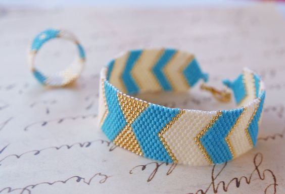 Peyote Bracelet and band ring, Peyote Chevron Geometric, Handwoven Jewelry, Modern, Urban Style - Arrows Bow - pinned by pin4etsy.com