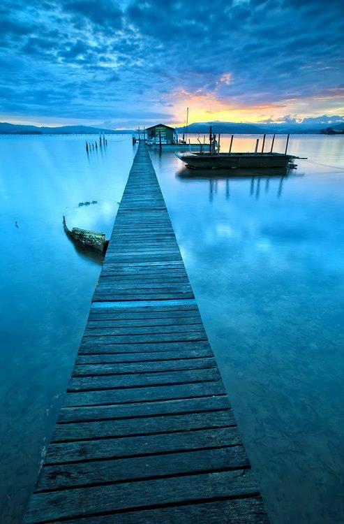 Blue Jetty, Sydney, NSW. Aust.