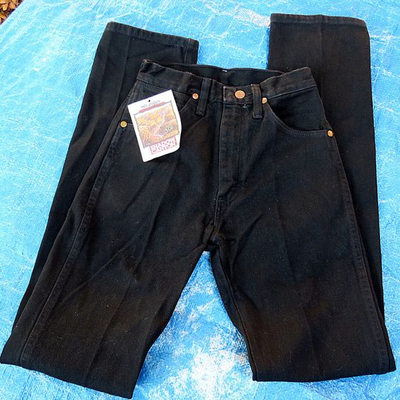 Never Worn Ladies' Wrangler Cowboy Cut Long Slim Fit Black Jeans NWT 1x34 Sz. 1 #Wrangler #SlimSkinny