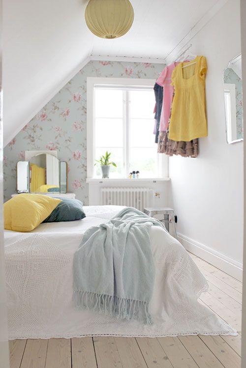 bedroom: Small Attic Bedrooms, Bedroom Design, Bedroom Makeover, Dreamy Bedrooms, Bedroom Pale, Bedroom Ideas, Beautiful Bedrooms