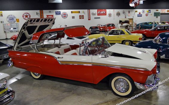 1950s-ford-convertible.