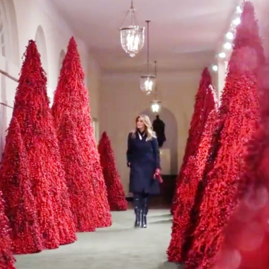 2020 White House Red Christmas Trees Melania Trump Ushers in Another Deeply Haunted Holiday Season in