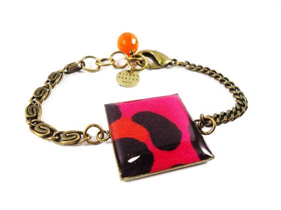 Ethnic Ultra Chic- Bracelet with colored leopard print fabric.