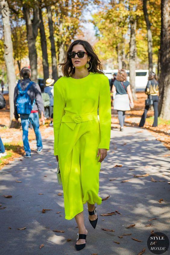 Vestido verde limão - Paris SS 2018 Street Style: Eleonora Carisi