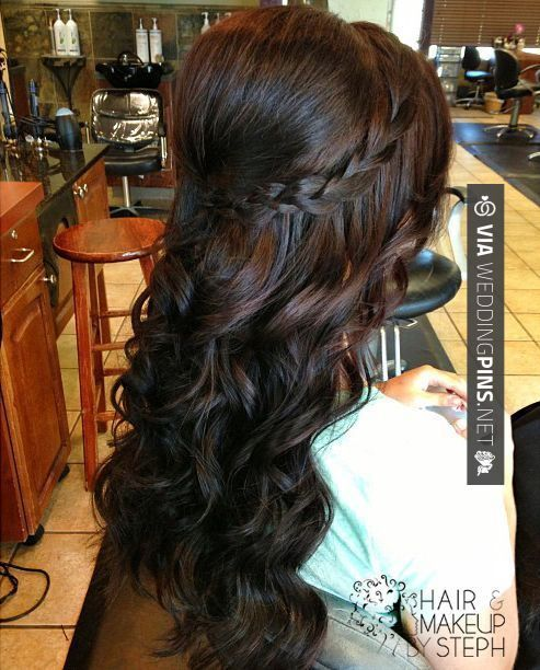 Long Curly Hairstyles For Wedding Guest Https Womenhairstyle Net Long Curly Hairstyles For Wedding In 2020 Hair Styles Wedding Hairstyles For Long Hair Stylish Hair