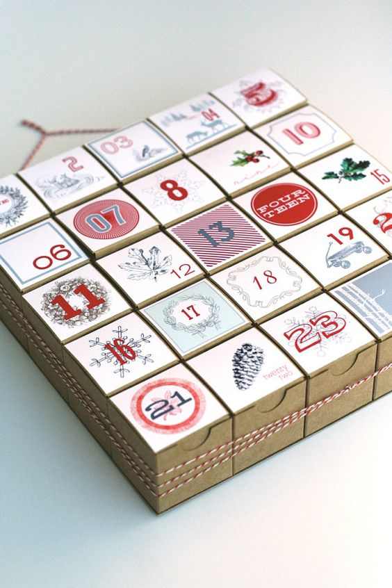 Advent Calendar | Vintage Style Advent Calendar >> can be bought on Etsy, I think I could easily make one!