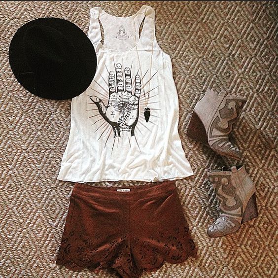 Our NEW Fortune Tank looks killer with our Leon Suede Shorts and the Large Black Obsidian Arrowhead Necklace! Snag all three at THESOULFULGYPSY.COM