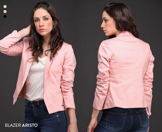 Atemporal y elegante, el Blazer Aristo es un comodín que se suma a tu guardarropas para acompañarte durante incontables temporadas. ¡Mirá su paleta de colores!