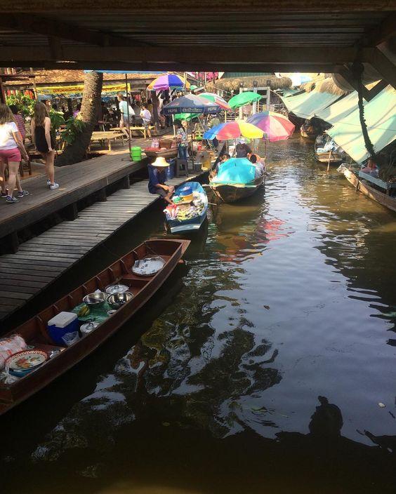 #FloatingMarketFun #Shopping #FreshCooking #boats #Thailand #AsianAdventure #Southeastasia #FloatingMarket #ThialandFloatingMarket #Bangkok #TravelFun #TravelLife #chasingtheworld #Wanderlust #worlderlust #Worldtravler