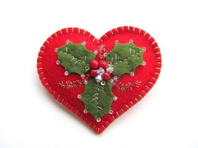 felted Christmas heart with holly leaves and bead berries ...