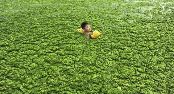 Pollution: 33 photos qui montrent à quel point la situation en Chine est critique Avec une croissance de 10 % l'environnement est passé au second plan