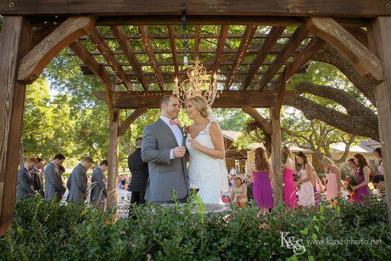 Thanks and Warmest Regards, Shauna Benoit K & S Photography www.kandsphotography.net 972-672-8949 Wedding Wire