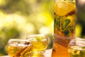 Apple iced tea
