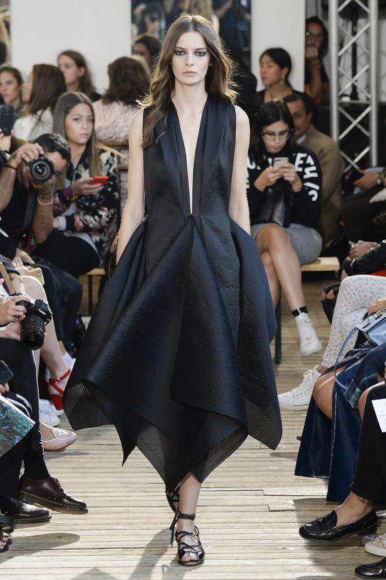 Maison Rabih Kayrouz Spring 2016 Ready-to-Wear Collection Photos - Vogue