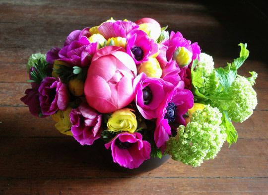 bright peony, anemone and ranunculus. #flowerarrangements