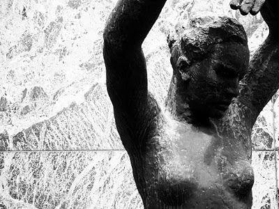 Mi Moleskine Arquitectónico: MIES VAN DER ROHE: PABELLÓN ALEMÁN EN BARCELONA / Escultura de Georg Kolbe