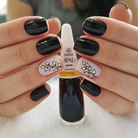 Quem curtiu bate aqui . Desenho feito a mão . #grazibrumnails #unhas #nail #nails #nailart #unhasdecoradas #nailsdone #nailsdid…