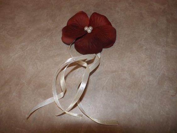 broche fleur pour en savoir plus http://promo-mariage-decor.com/content/23-broches-mariage-et-bracelets