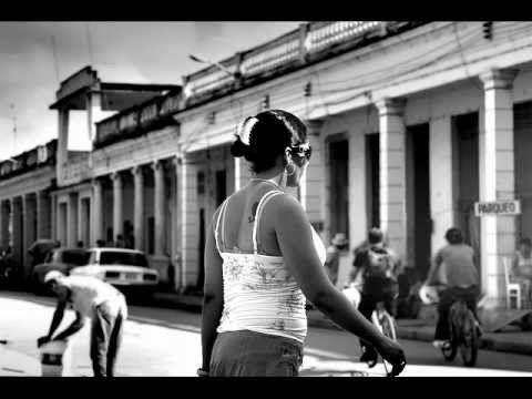 Eliades Ochoa - Pintate los labios Maria