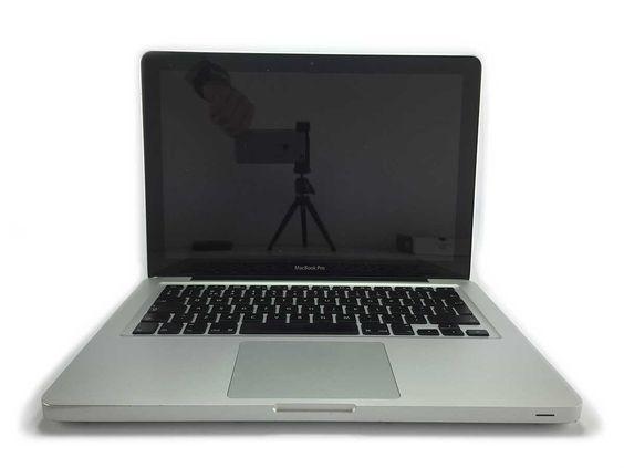 MacBook Pro Unibody 13 inch M2012. HD 500GB, Ram 4.0GB, OS 10.10.3, 9 maanden garantie voor 899,-. Kijk voor deze en al onze andere tweedehands modellen op Ikfix. #ikfix @ikfix