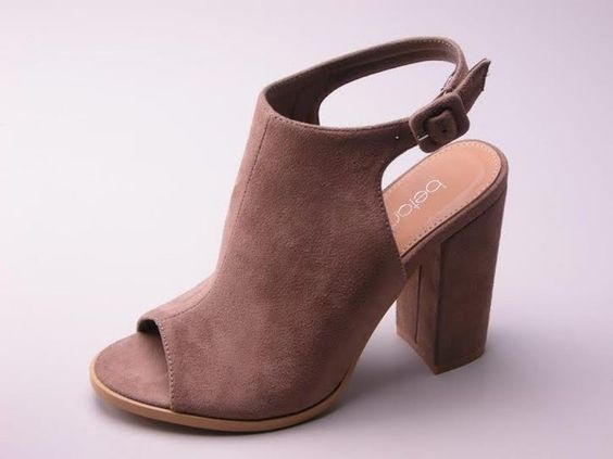 Best Fall Wedges Taupe