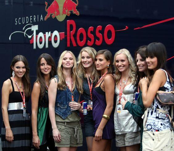 Toro Rosso girls