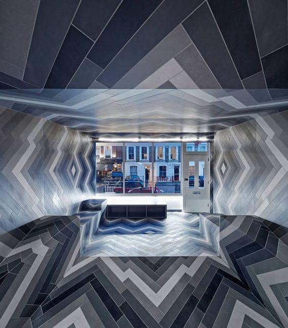 Moderner Luxus im Bad Haus and Showroom - luxus fliesen am haus