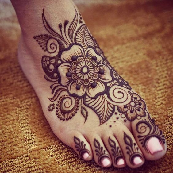 20 of the Prettiest Feet Mehendi Designs of All Time! | Henna ...