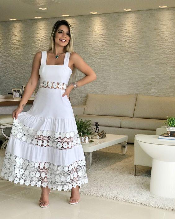 20 modelos de vestidos branco com renda para te inspirar - Primavera Verão #moda #tendencia #inspiração #2020 #vestido #vestidoderenda #branco #noiva