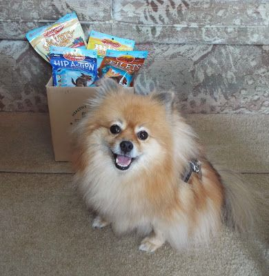 Pepper's Paws: Zuke's #FueltheLove Blog Hop - Product Review & Giveaway