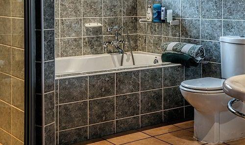 お風呂のカビ 黒いゴムパッキンを10秒で真っ白にする方法 シンプル