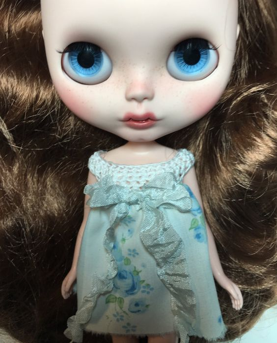 Custom Blythe Doll OOAK named Vega Mae by by EmmyBlythe on Etsy