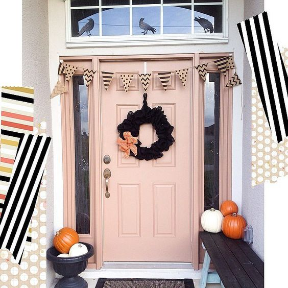 Have you ever seen a prettier Halloween doorstep? We think not. Thanks to the crows black wreath pink door and pink bow itu0027s the perfect mix of sweet ... & Pinterest u2022 The worldu0027s catalog of ideas pezcame.com