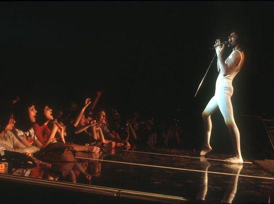 Freddie Mercury Sobre Imagens - VEJA.com | Sobre Imagens - VEJA.com