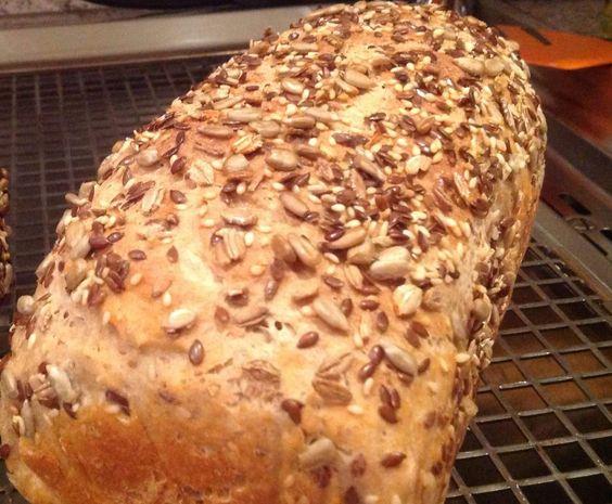Rezept 4 Min. Dinkelbrot lecker, luftig von mary1408 - Rezept der Kategorie Brot & Brötchen
