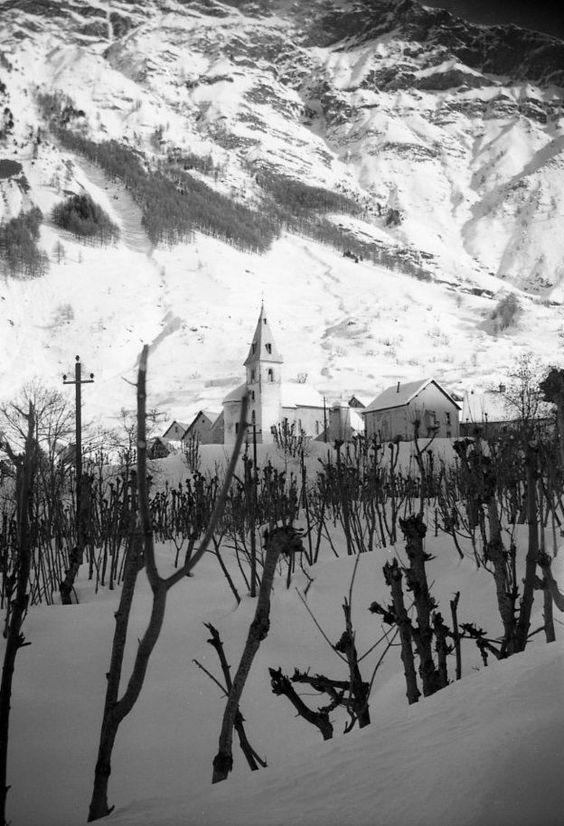 Vivian Maier. France 1940-1950s: