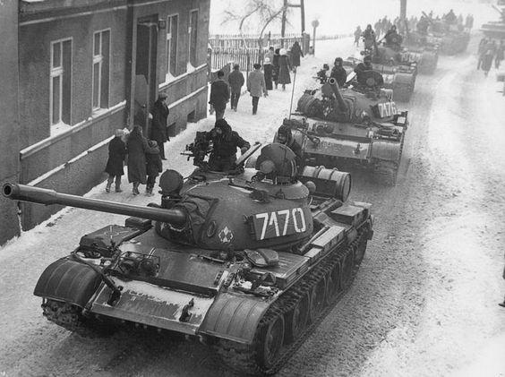 Stan wojenny w Polsce, 13.12.1981 r. (fot. J. Żołnierkiewicz/Wikimedia Commons/public domain)