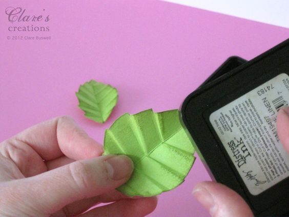 Clare's creations: Leaf Tutorial