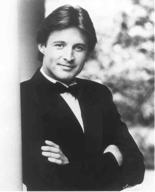 """Bruce Boxleitner in """"Scarecrow and Mrs. King"""""""
