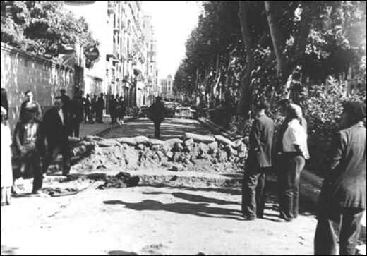 1938. Barricada a la Rambla Farran de Lleida durant la Guerra Civil